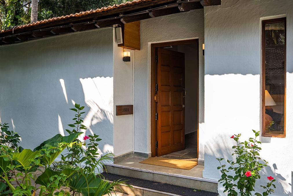 Libra Entrance