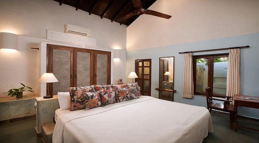 Libra - bedroom