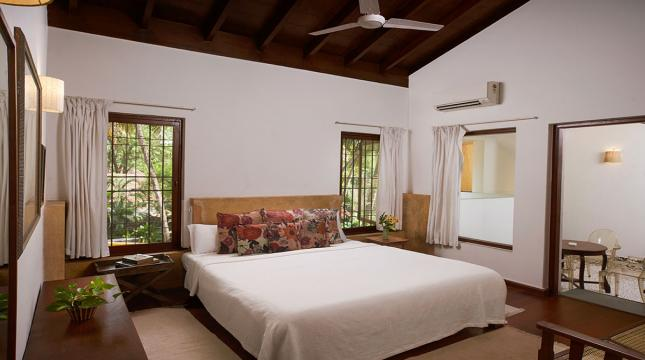 Main Villa Bedroom